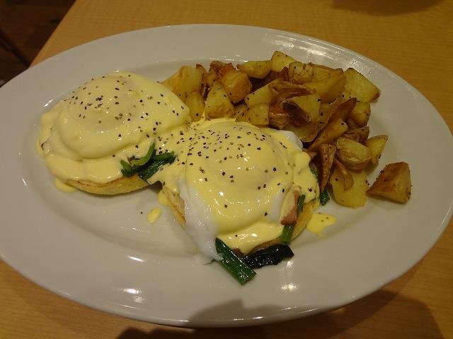 Eggs'n Things(エッグスンシングス)のエッグスベネディクトを食べてきました!ららぽーと立川立飛店