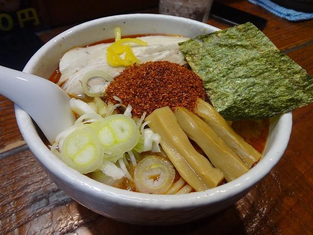 立川の麺処 井の庄の辛辛魚ラーメンの中で1番辛いラーメンってどれくらい辛いの!?唇いたっ!