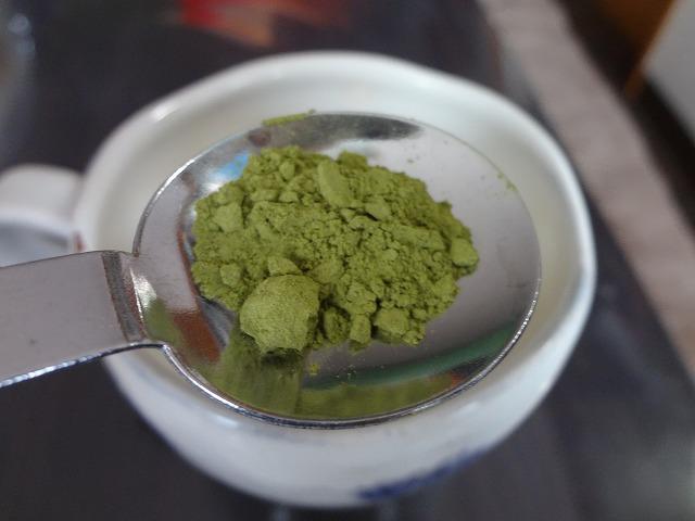 緑茶をお茶っ葉ごと飲む!?お菓子作りにも使える有機JAS粉末緑茶にはまってしまった!