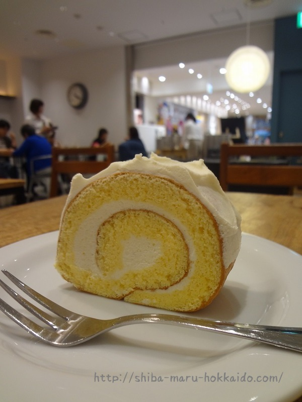 立川に新規OPEN!はらロール+cafeで米粉と豆乳のロールケーキをいただく!